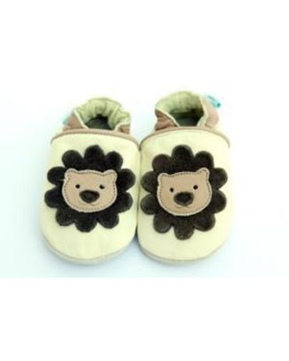 Leather baby shoes lion